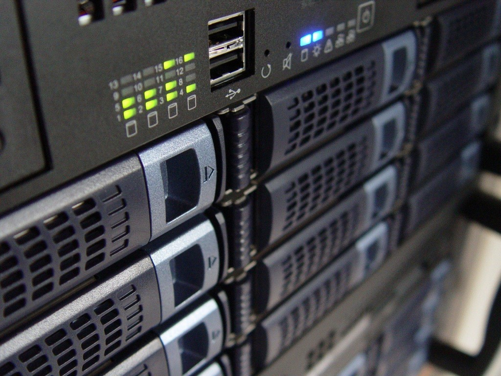 Server in IT network with hyper-converged infrastructure