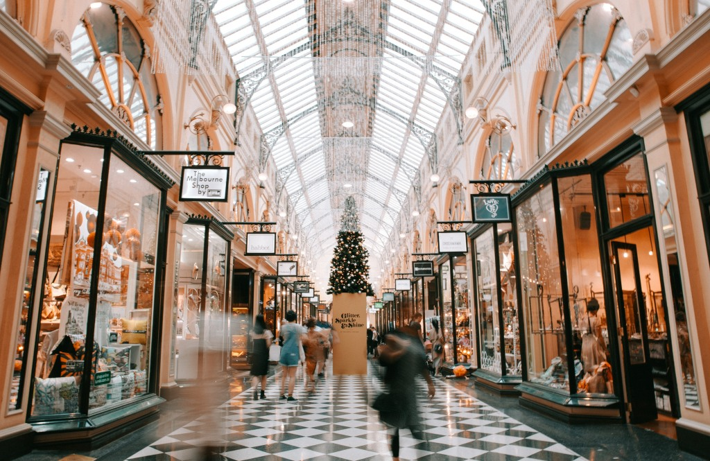Shopping Mall PCI-DSS Compliance for the Retail Sector